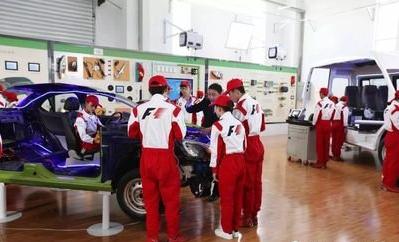 汽车维修与应用(3+2)大专班